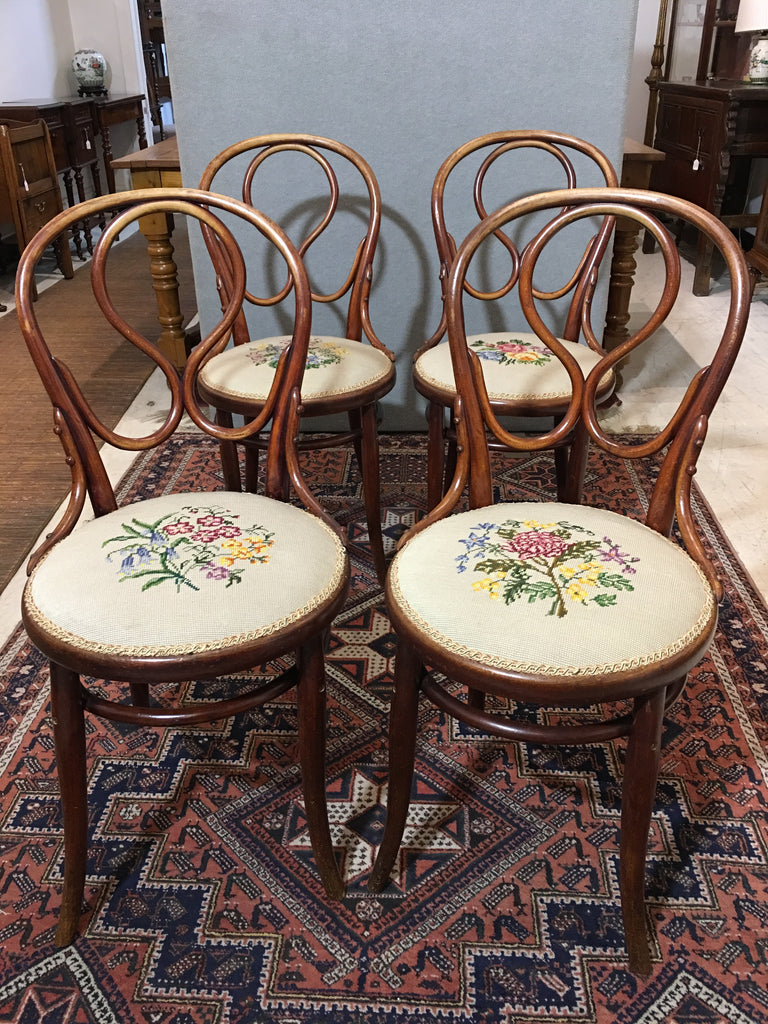 Set Of Four Thonet Bentwood Chairs
