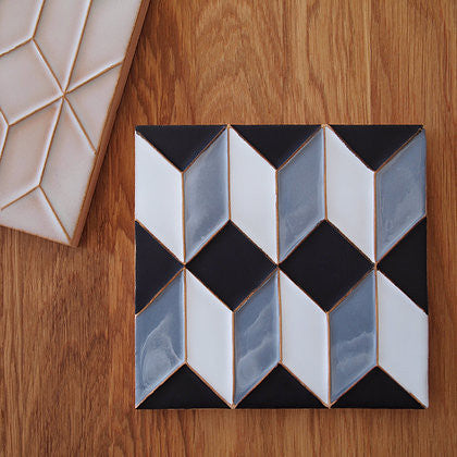 Casa Cubista - Graphic Tile - Black & White