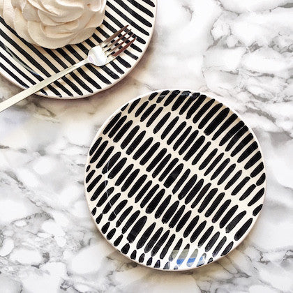 Casa Cubista - Black Dessert Plate - Various Patterns