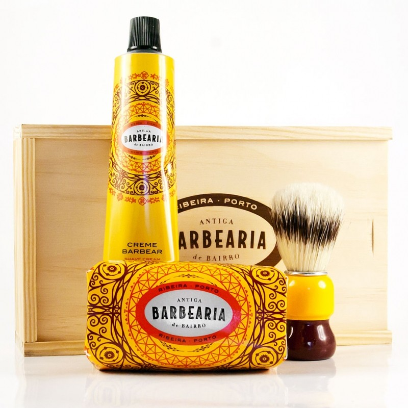 Antiga barbearia - Gift set in pine box- Ribeira Porto, shaving cream, soap and shaving brush