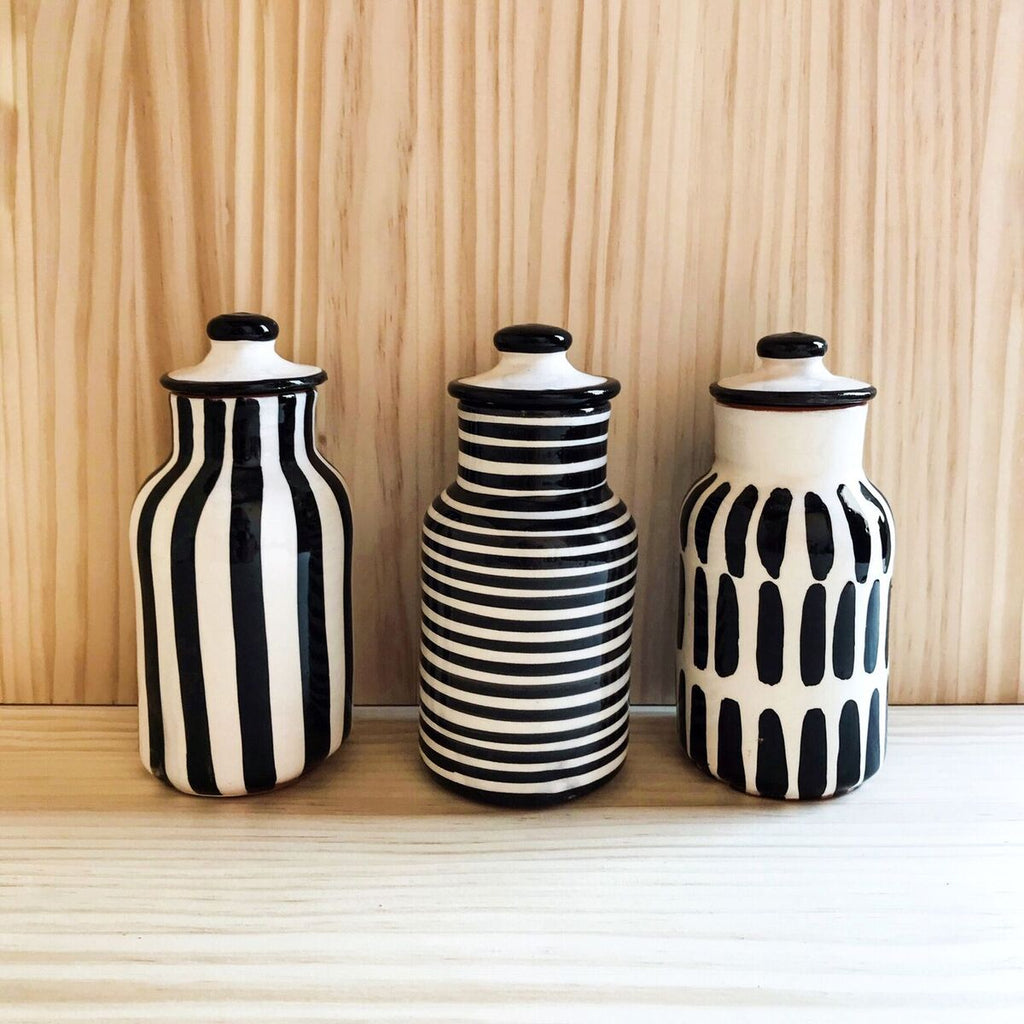 Casa Cubista - Small Pattern Bottle With Lid Black or Blue