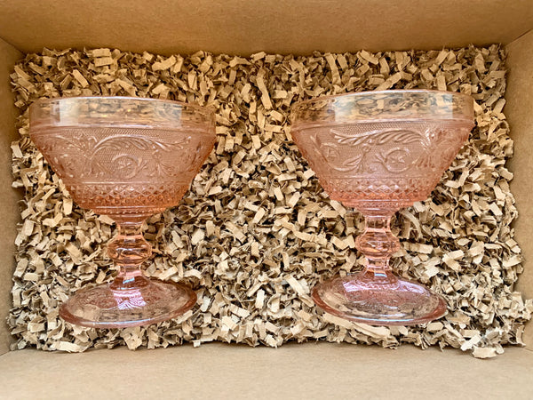 Gift Set - 2 Pointed Vintage Cocktail Glasses - Various Colours