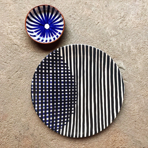 Casa Cubista - Two-Toned Lua Dessert Plate - Black/Blue