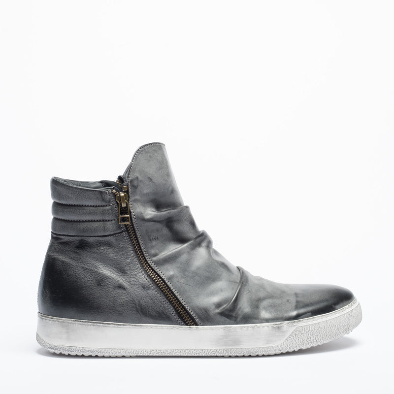 NOVEMBER 18 | Tino grey urban man sneakers