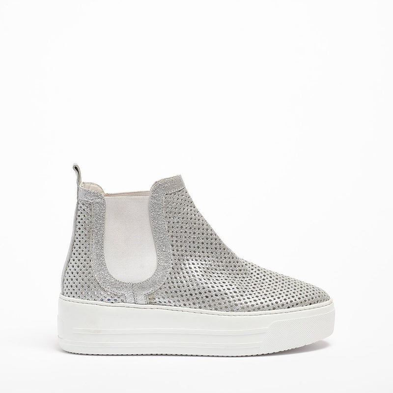 Mizu Elastic Mid Shoes soft perforated leather silver