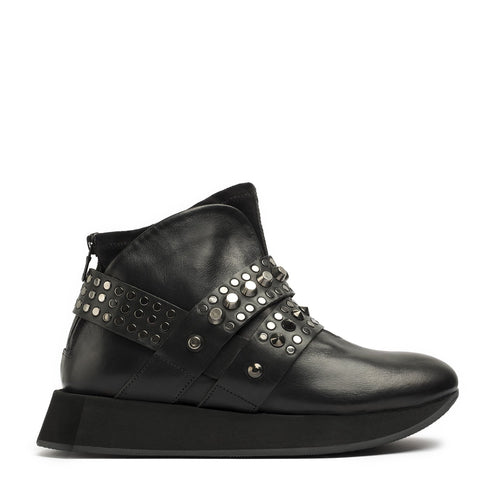 Hexagon Black Mid Cross Sneakers