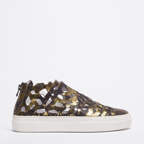 Round gold-black sneakers