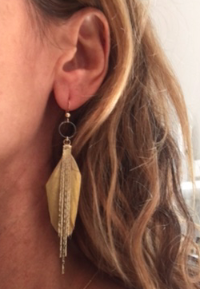 feather dangler in gold - gray market jewelry
