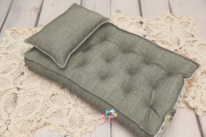 RTS- REVERSIBLE 2 Color Ivy Floral and Sage Linen- NB Mattress- RTS