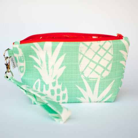 Binkwaffle | PINEAPPLE Zipper Wristlet