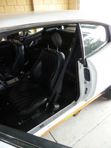 Chevelle Front 3-Point Seat Belts for Bucket Seats- Morris Classic