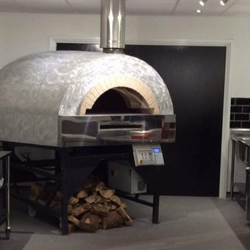 Roma fired oven with a steel finish.