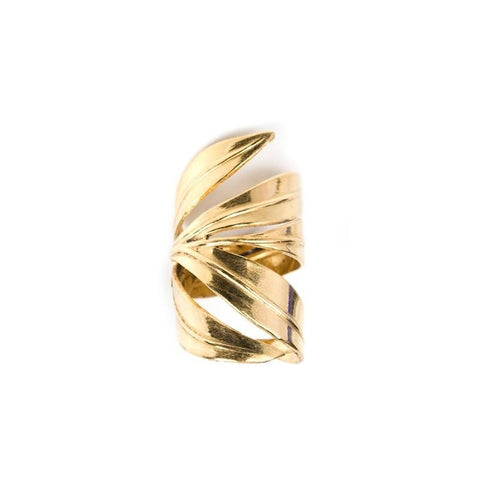 https://us.emma-chloe.com/products/february-2016-box-the-fire-ring-schade-jewellery