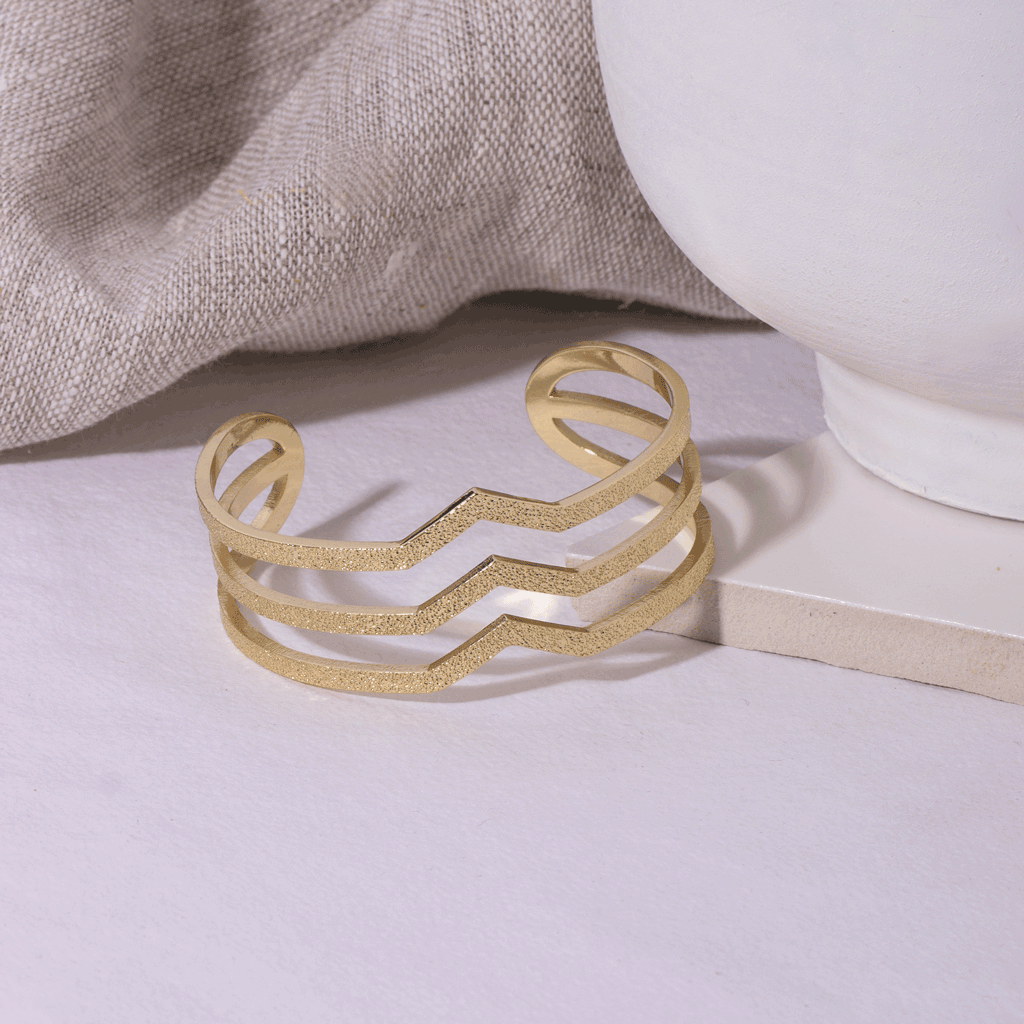 Lana Gold Bangle - Emma & Chloe