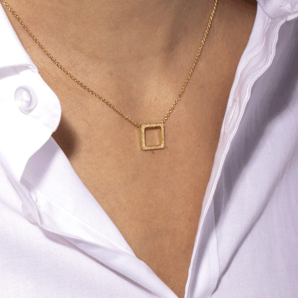 Louisa Gold Necklace - Emma & Chloe