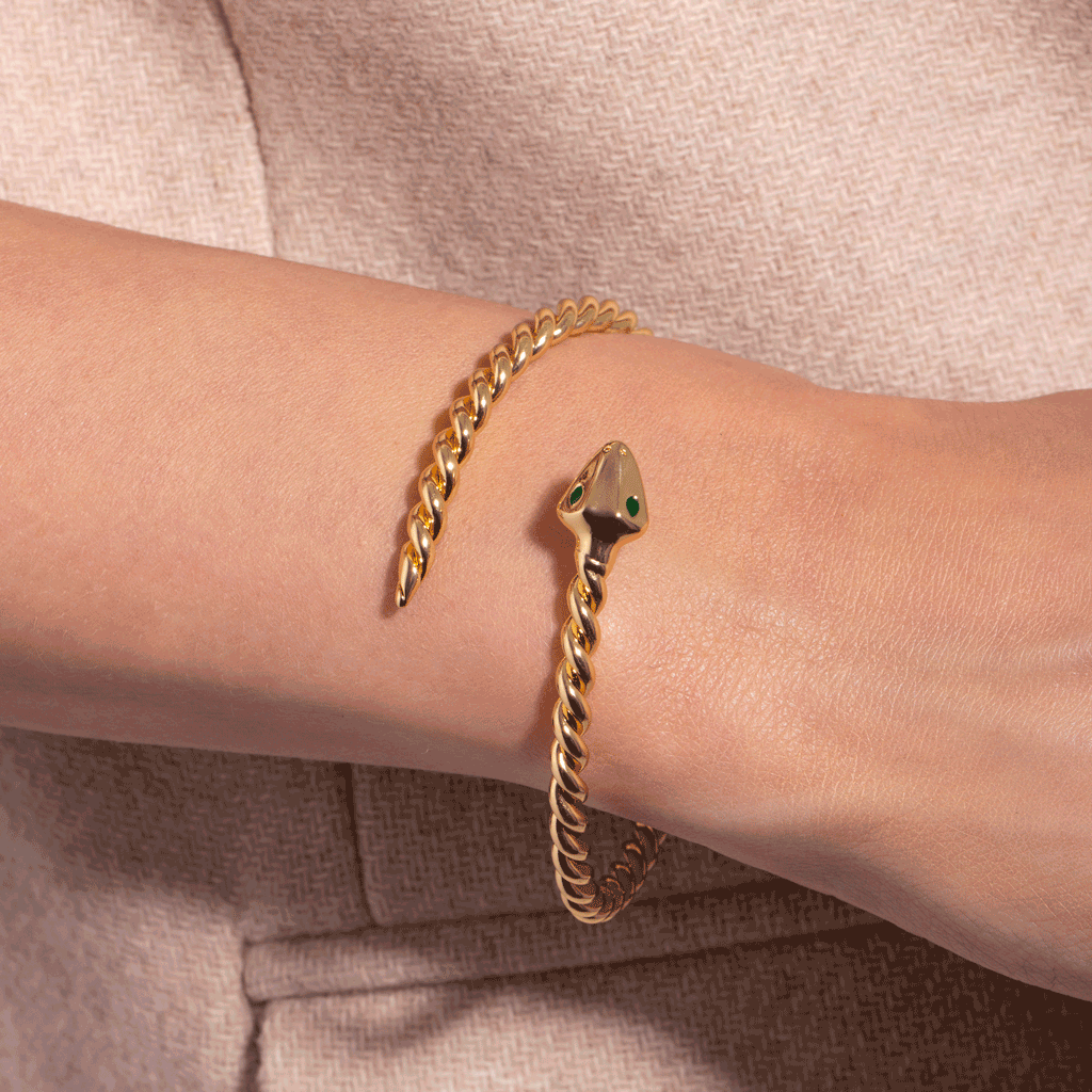 Solly Gold Bangle - Emma & Chloe