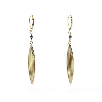 Dormeuses earrings