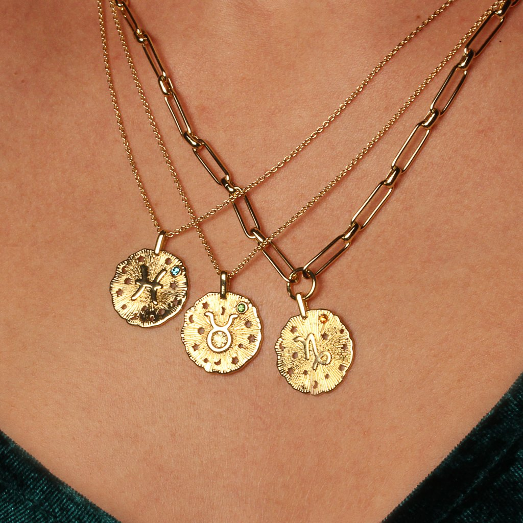 Leo Necklace - Emma & Chloe