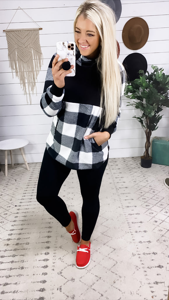That Does It- B&W Buffalo Plaid Pullover w/ Side Buttons