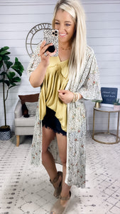 That's The One- Rose & Leopard Kimono