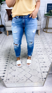 The Nova's- Girlfriend High Rise Jeans