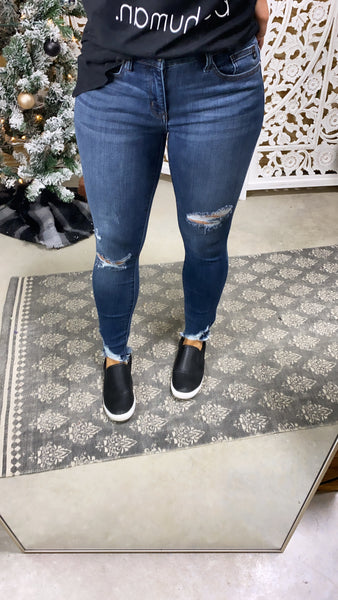 The Judy's- Destroyed Hem Skinny Jeans