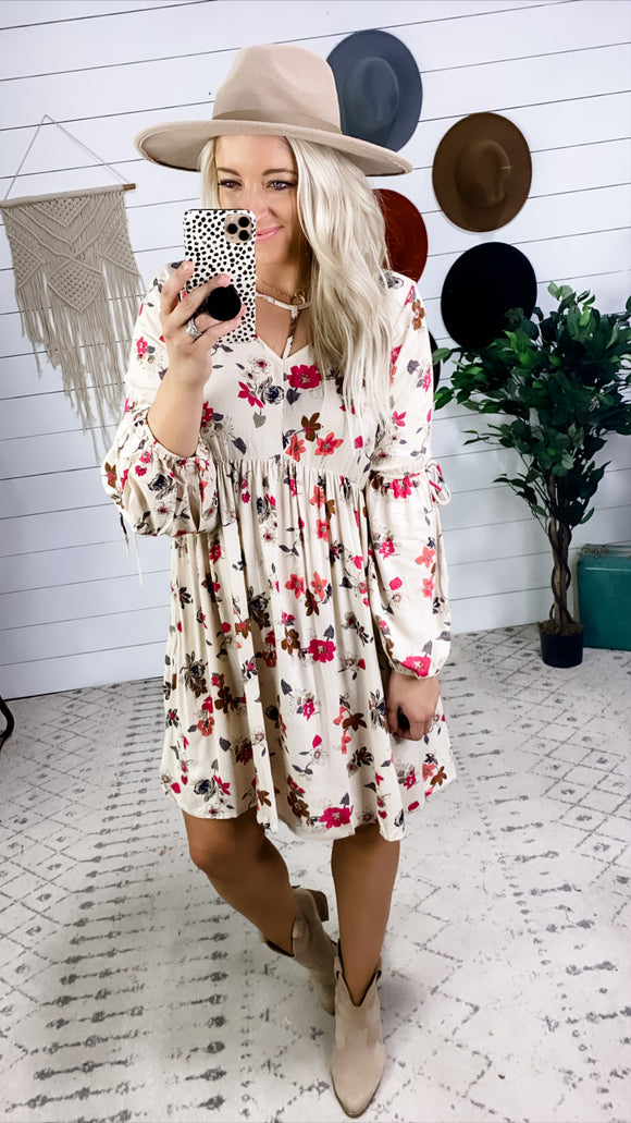 Don't Stare- Cream & Floral 1/2 Puff Sleeve Neck Dress