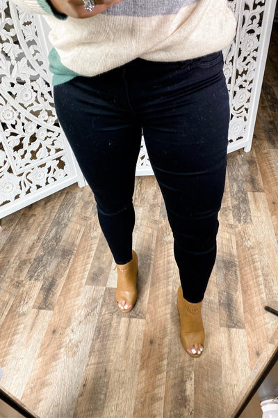The Alaina's- Black Non-Distressed Skinny Jeggings