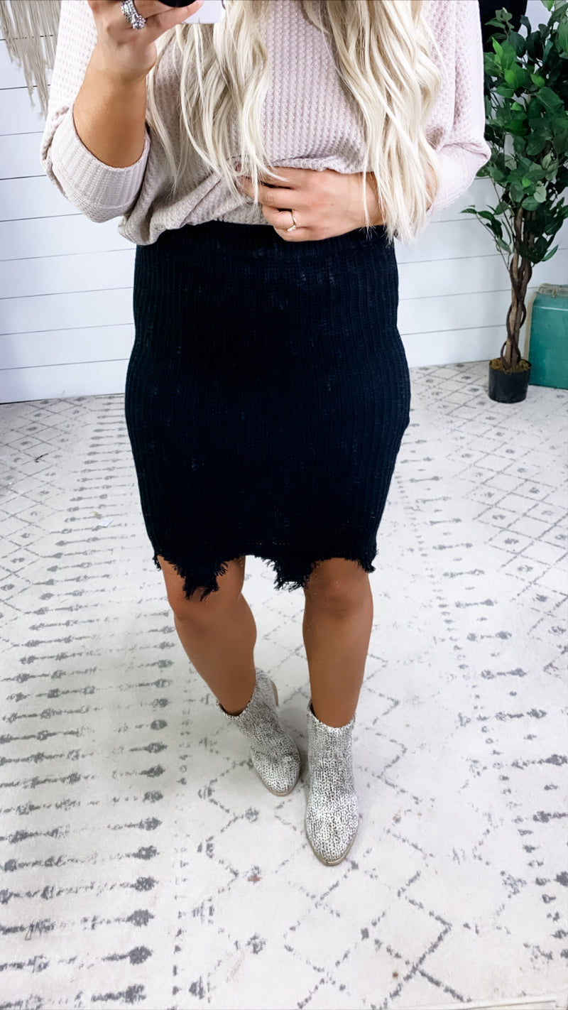 Tell The Story- {Black & Mauve} Ribbed Distressed Skirt