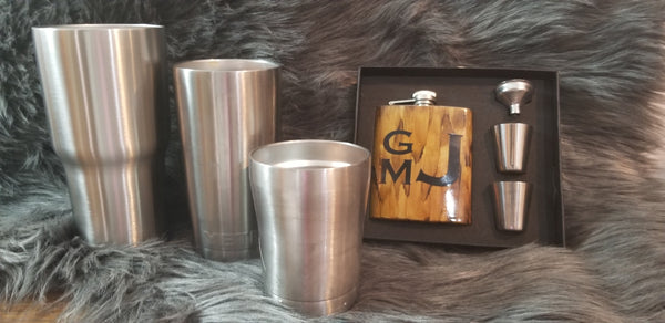 Wood grain Deer Tumbler or Flask set