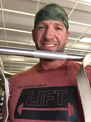 my trainer says lift fitness tee