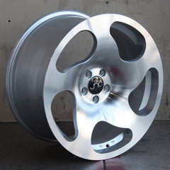 JNC036 Wheels