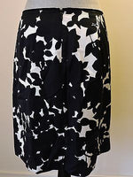 Banana Republic A Line Skirt Black White Floral 6P