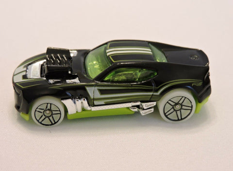 2010 Mattel Hot Wheels HW Twinduction Car Black Green Tint and Base