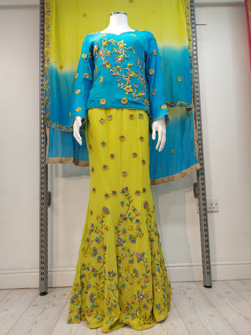 Ladies green fish cut  hand embroidered Lengha  D.NO 163212