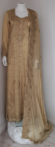 GOLD TAIL WEDDING DRESS