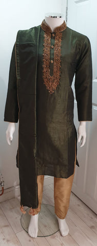 Men's Mehndi Green Kurta With Gold Pyjama
