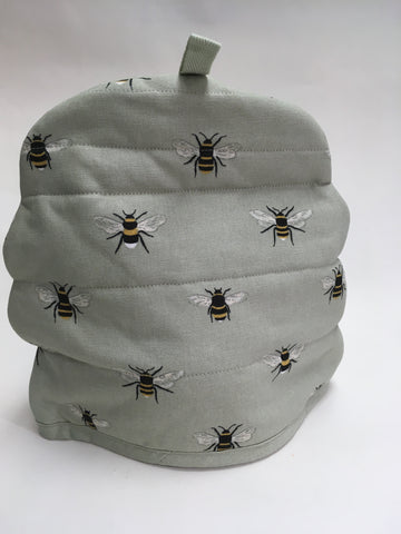 Tea Pot Cozy with Bumble Bees