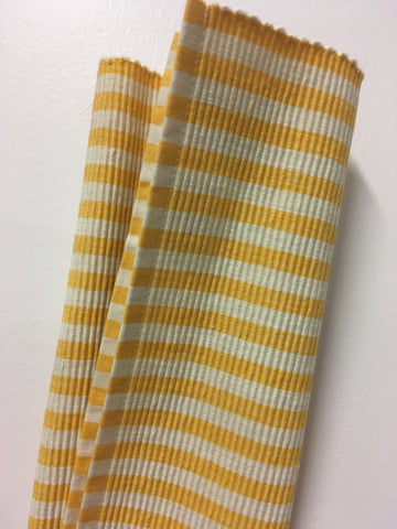 Placemat Yellow and White Stripe