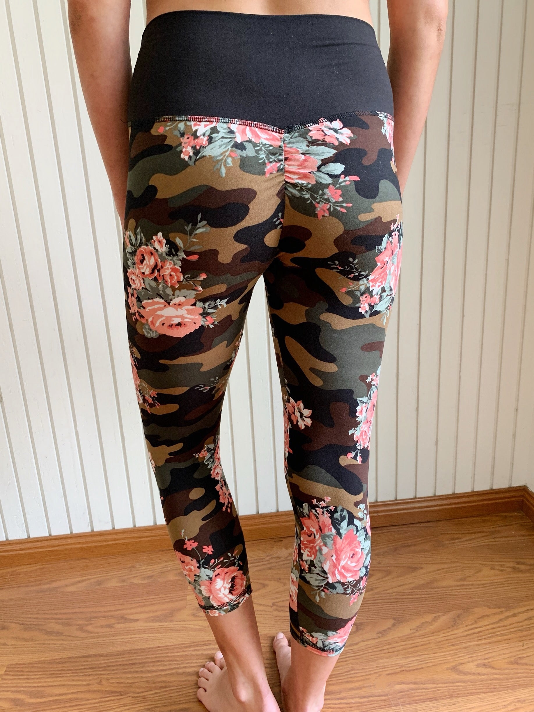 CAMO CROPPED High Waisted Booty Lift Fitness Leggings | By SIGNED NOELLE