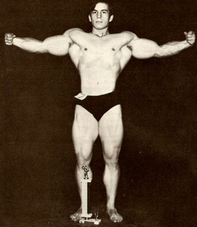 Bodybuilding Legend Mike Mentzer at only 19 Years Old