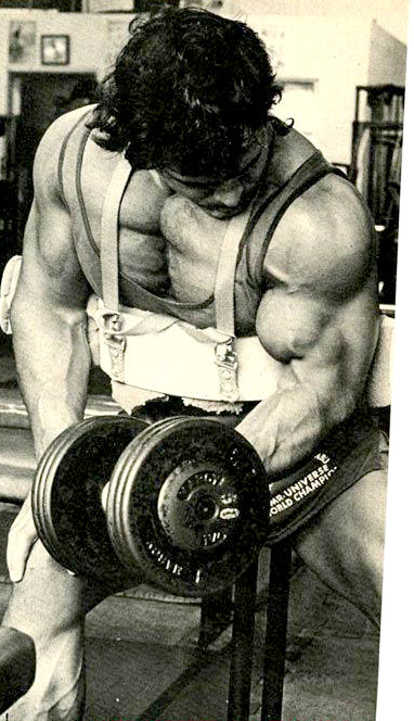 Franco Columbu Training Biceps - RIP