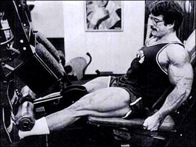 Mike Mentzer - Training Legs - Leg Extensions