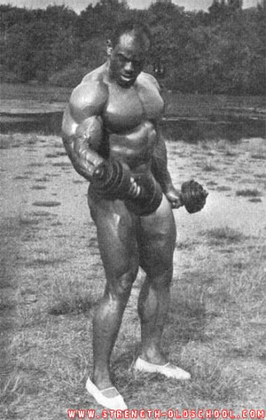 Sergio Oliva Pumping Up back in 1972