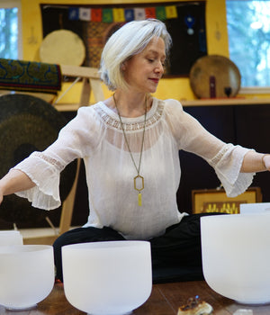 May 23, 2019 - Thursday 7-8:30pm - Crystal Singing Bowl and Gong Soundbath - with Jennifer Matson