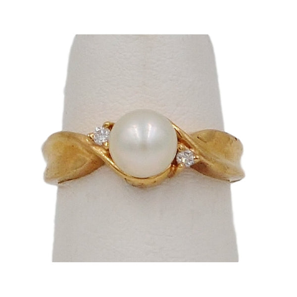 Yellow Gold Pearl & Diamond 10K Ring.  Size 5 - Coco et Louis - 1