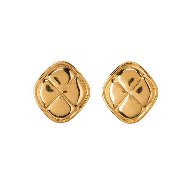 Chanel Gold-tone Matelasse Earrings. Lovely! Coco et Louis