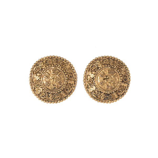 Chanel Gold-tone Round Earrings. Beautiful! Coco et Louis