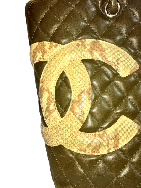 Chanel Green Lambskin Large Ligne Tote Shoulder Bag. So Stylish!