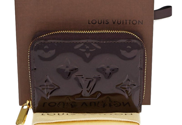 Louis Vuitton Amarente Zippy Coin.  Lovely! - Coco et Louis - 2